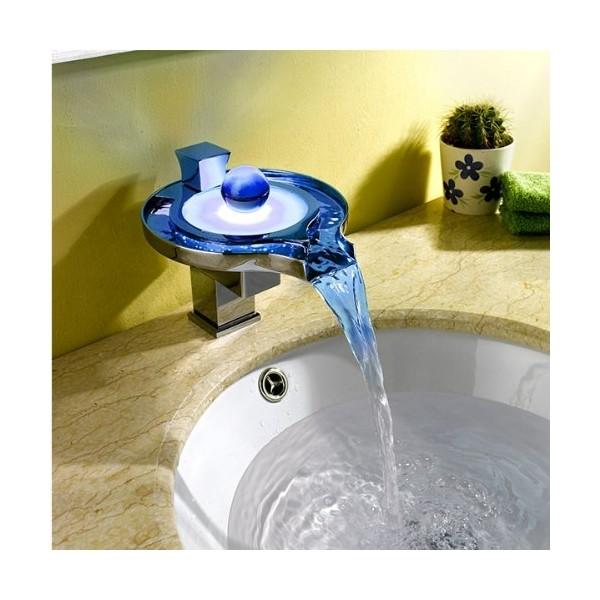 Mitigeur lavabo cascade LED 1070D - Outillage Maroc
